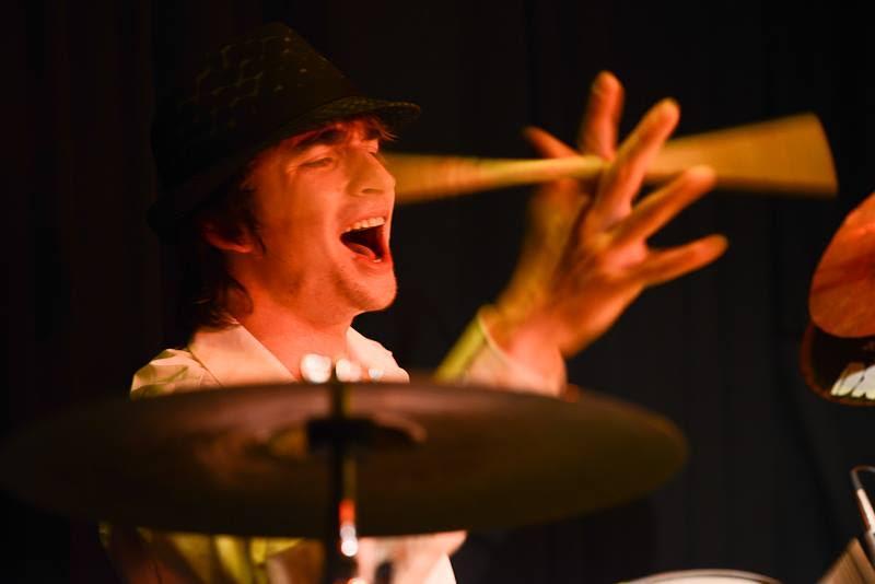 Martin Pauls - Schlagzeug, Cajon